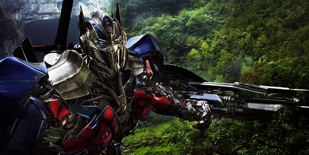 Optimus Prime brandishes his sword. (Yahoo Movies Singapore)