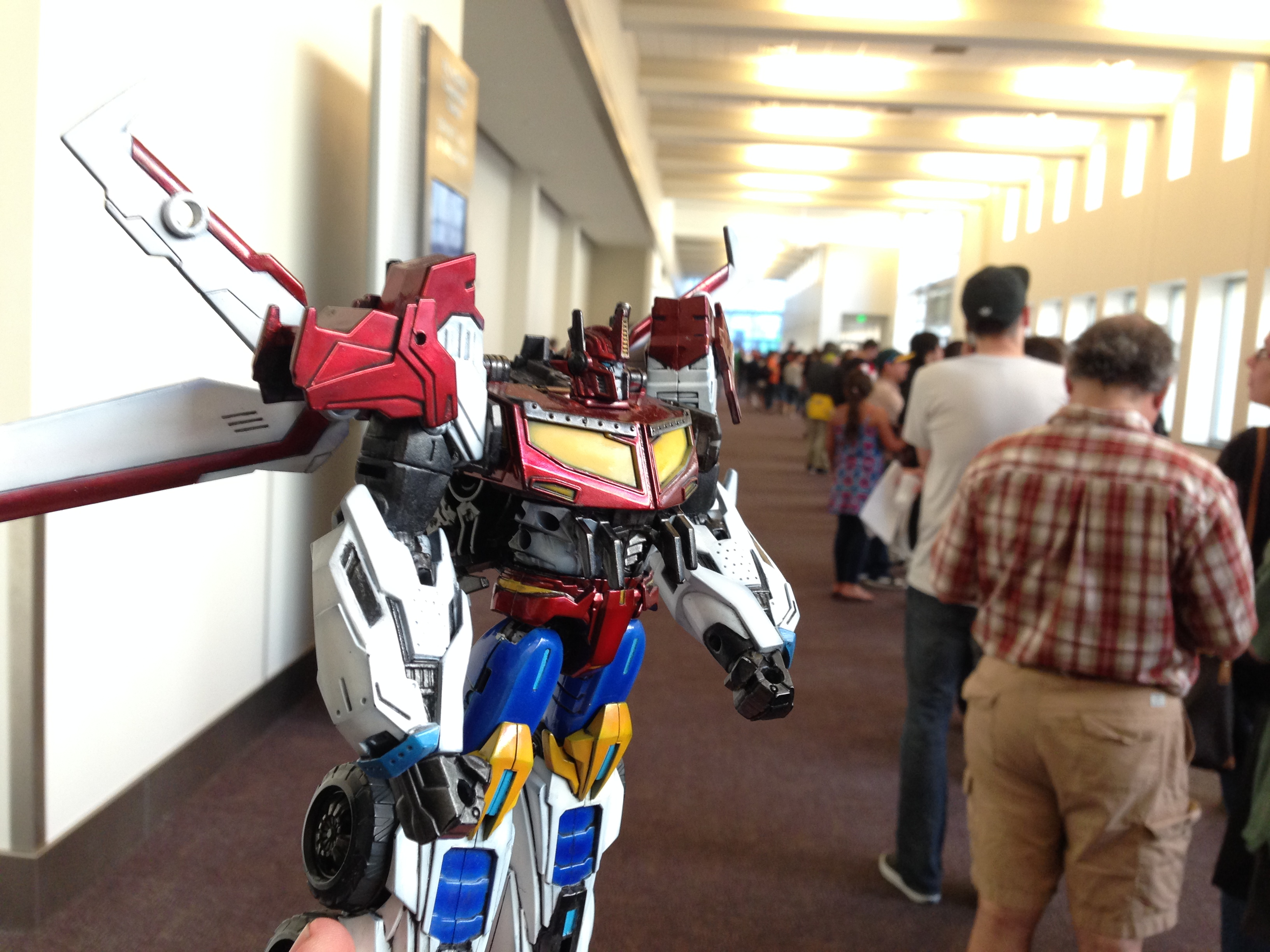 Victory Saber in the queue for the boxset. (Botcon Day 1)