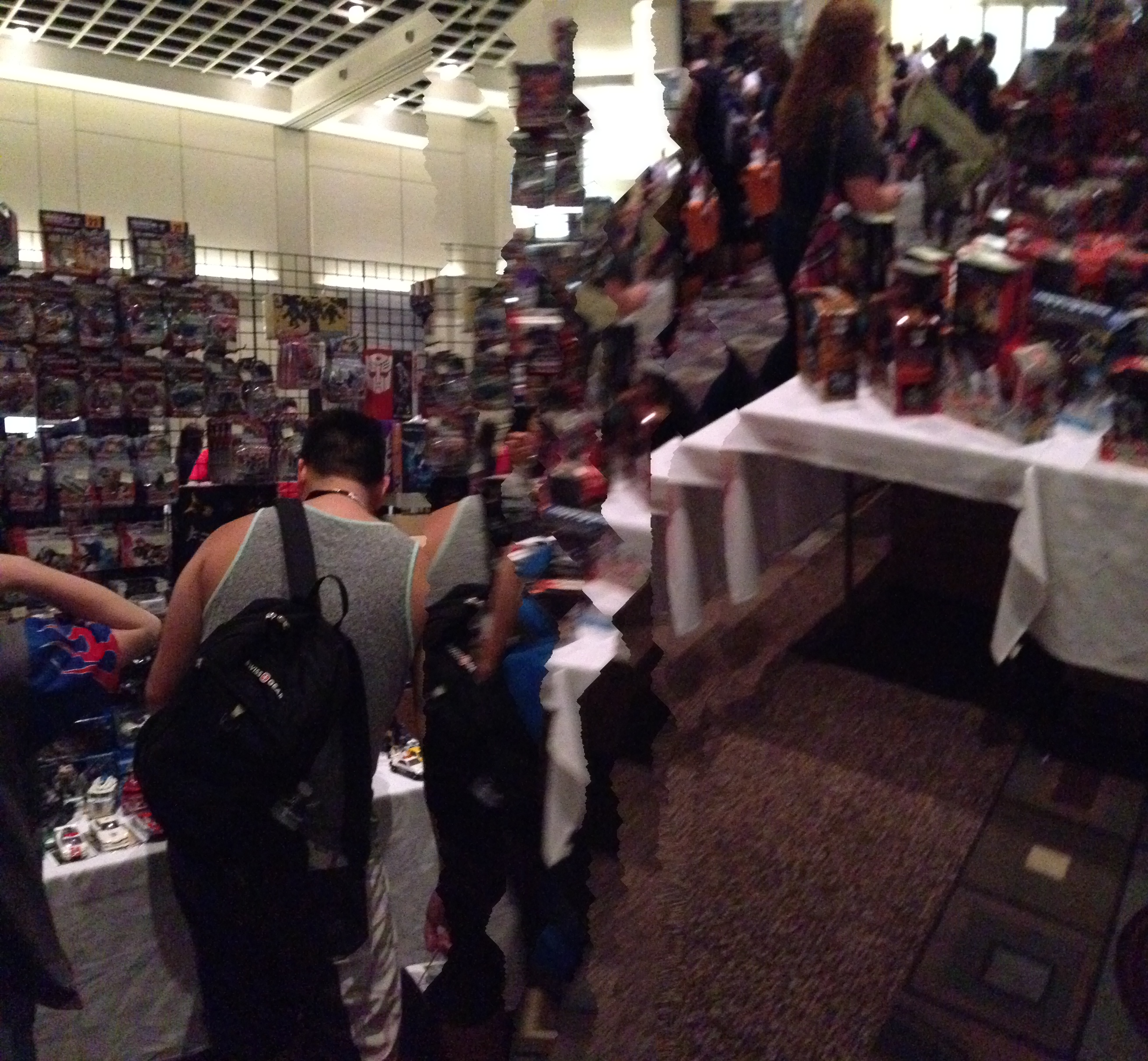 The dealer's room! (Botcon Day 2)