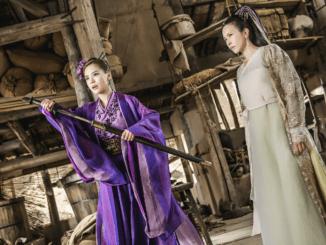 "Thirteenth Mother of Spring (Gillian Chung) and Bak Jing Jing (Karen Mok) in ""A Chinese Odyssey Part Three (大话西游3)"". (Shaw Organisation)"