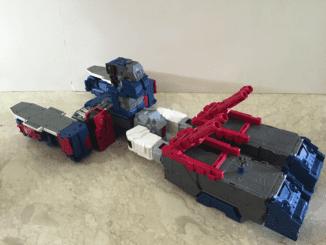 Battle station/starship mode. (Unstickered Fortress Maximus)
