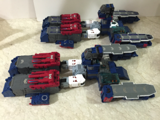 Comparison of starship modes. (SDCC Fortress Maximus)