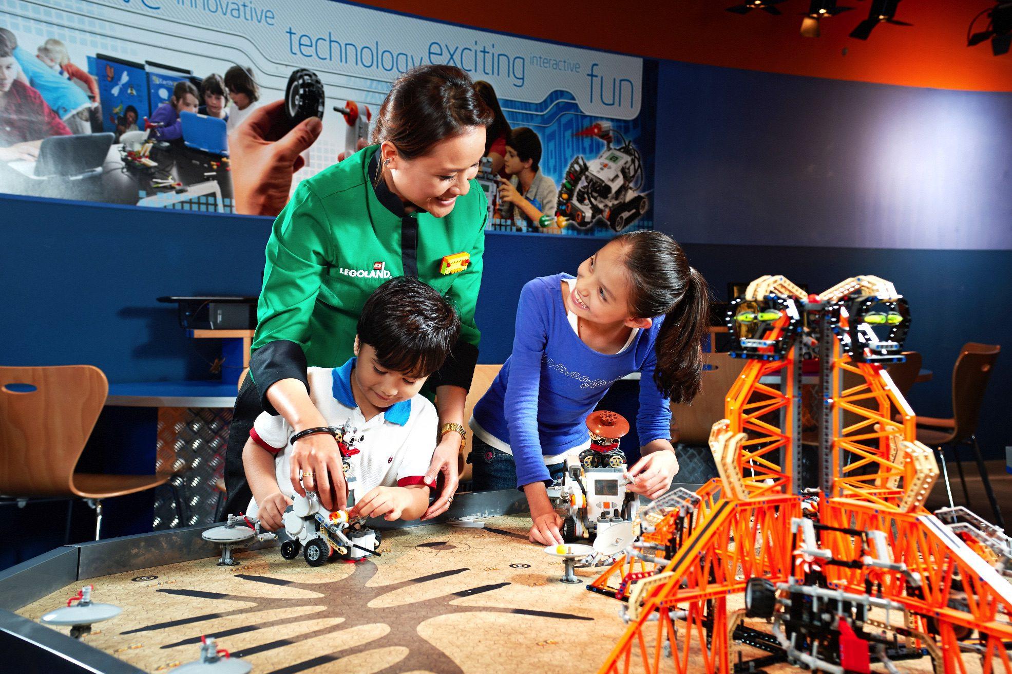Programming goes a long way. (Legoland Malaysia Resort)