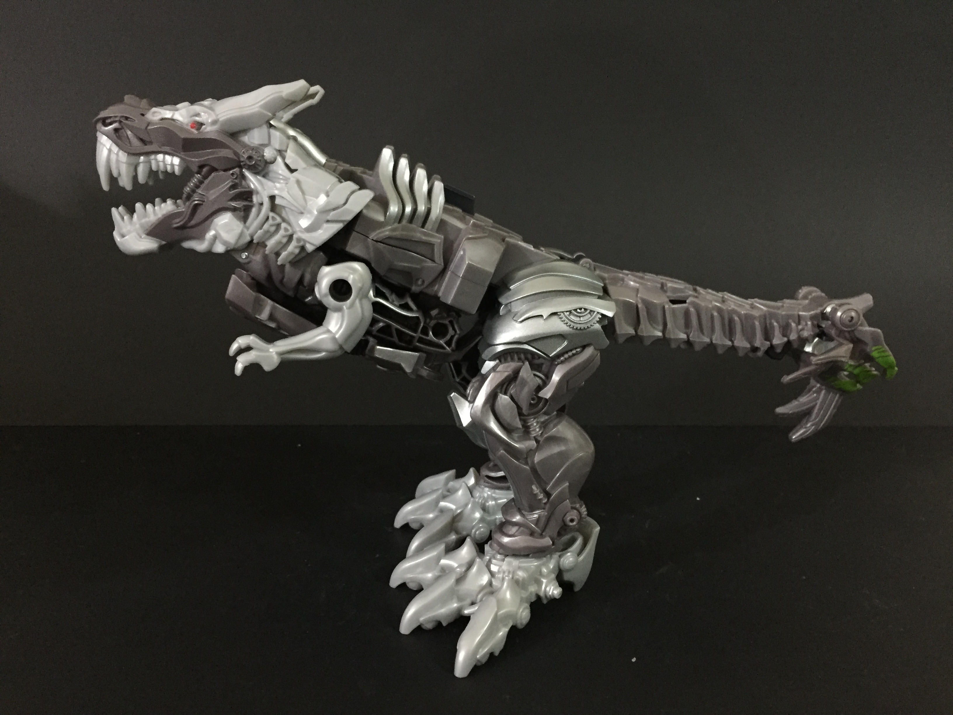 Knight Armor Grimlock. (3-Step Turbo Changer)