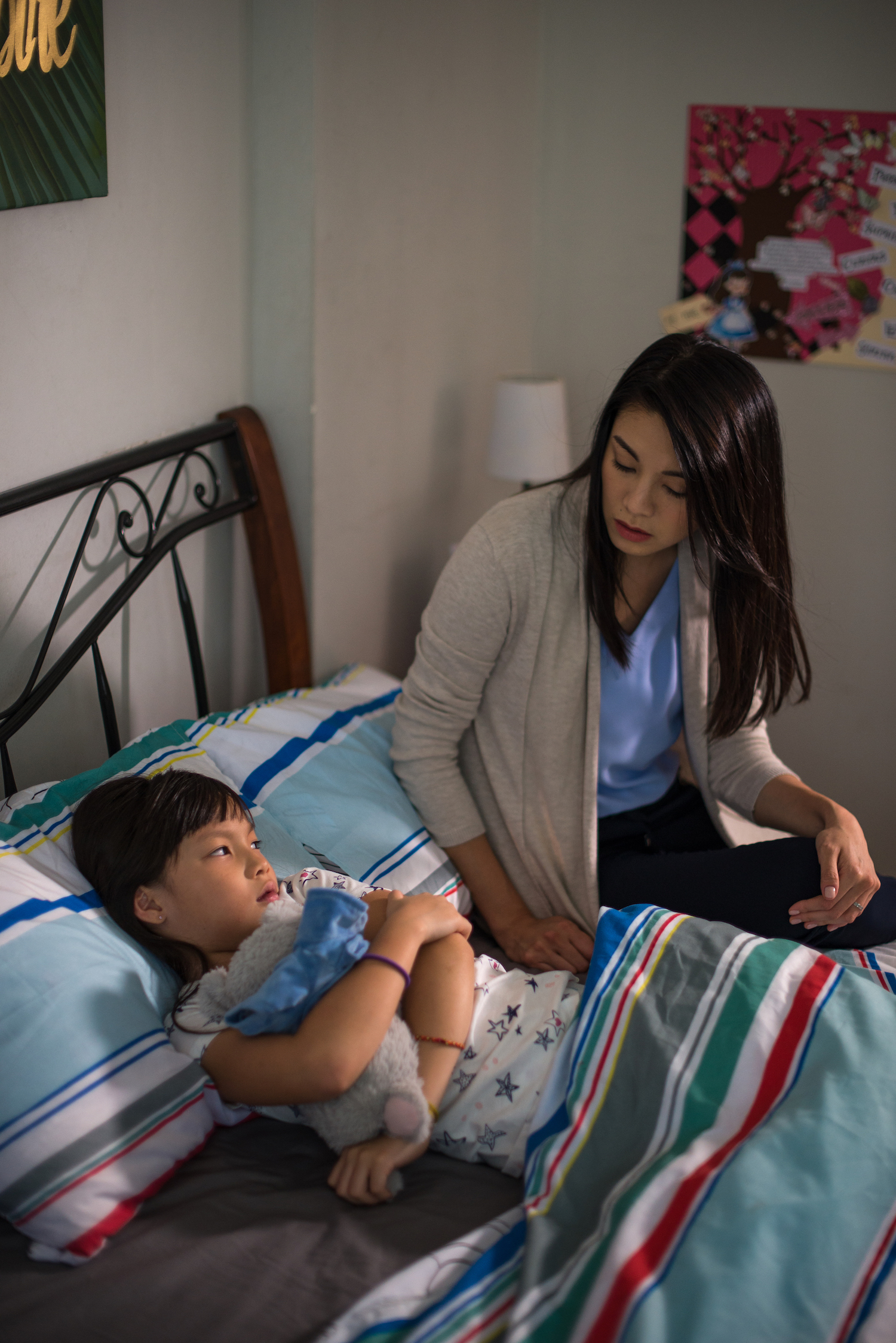 "Jennifer (Bernice Liu) and her ailing daughter Ada (Alexandra Tan) in ""Lion Mums"" Season 2. (Ochre Pictures)"