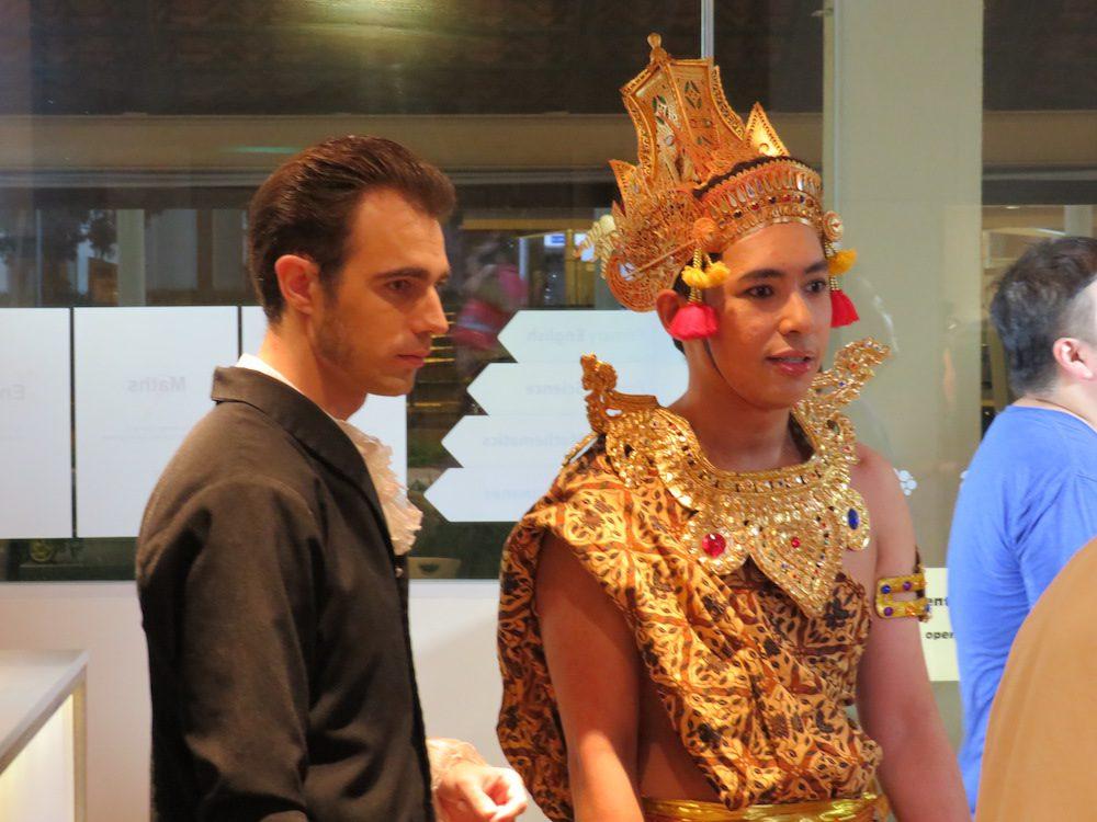 Raffles (Arnaud Pierre) and Utama (Syawal Yusoff).