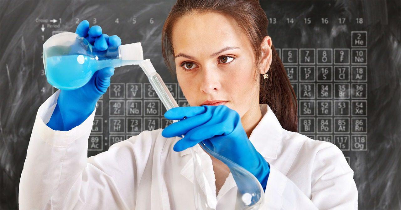 Ready for Chemistry? (Pixabay)
