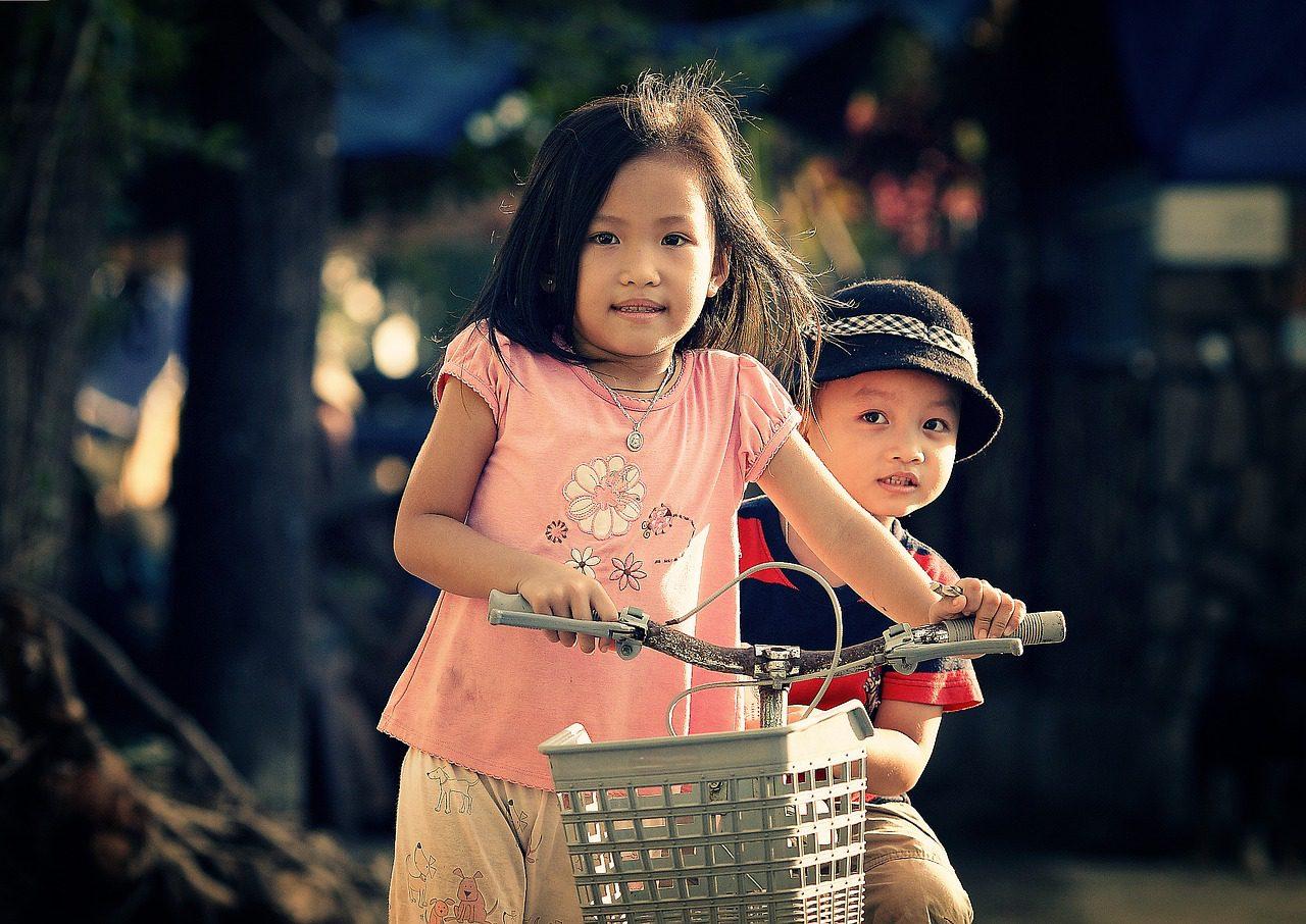 Even for children, navigating social media can be tricky. (Pixabay)