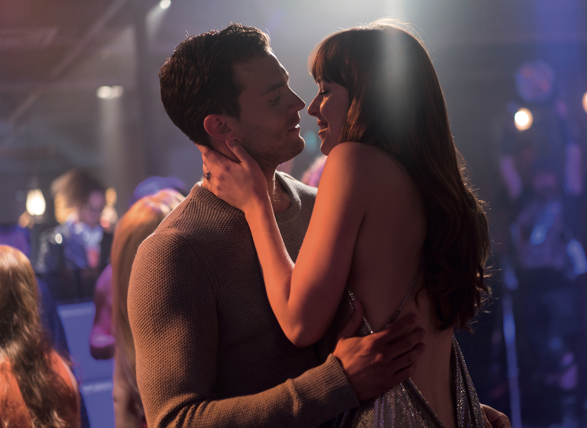movie review dakota johnson looks incredibly liberated in 39 fifty shades freed. Black Bedroom Furniture Sets. Home Design Ideas